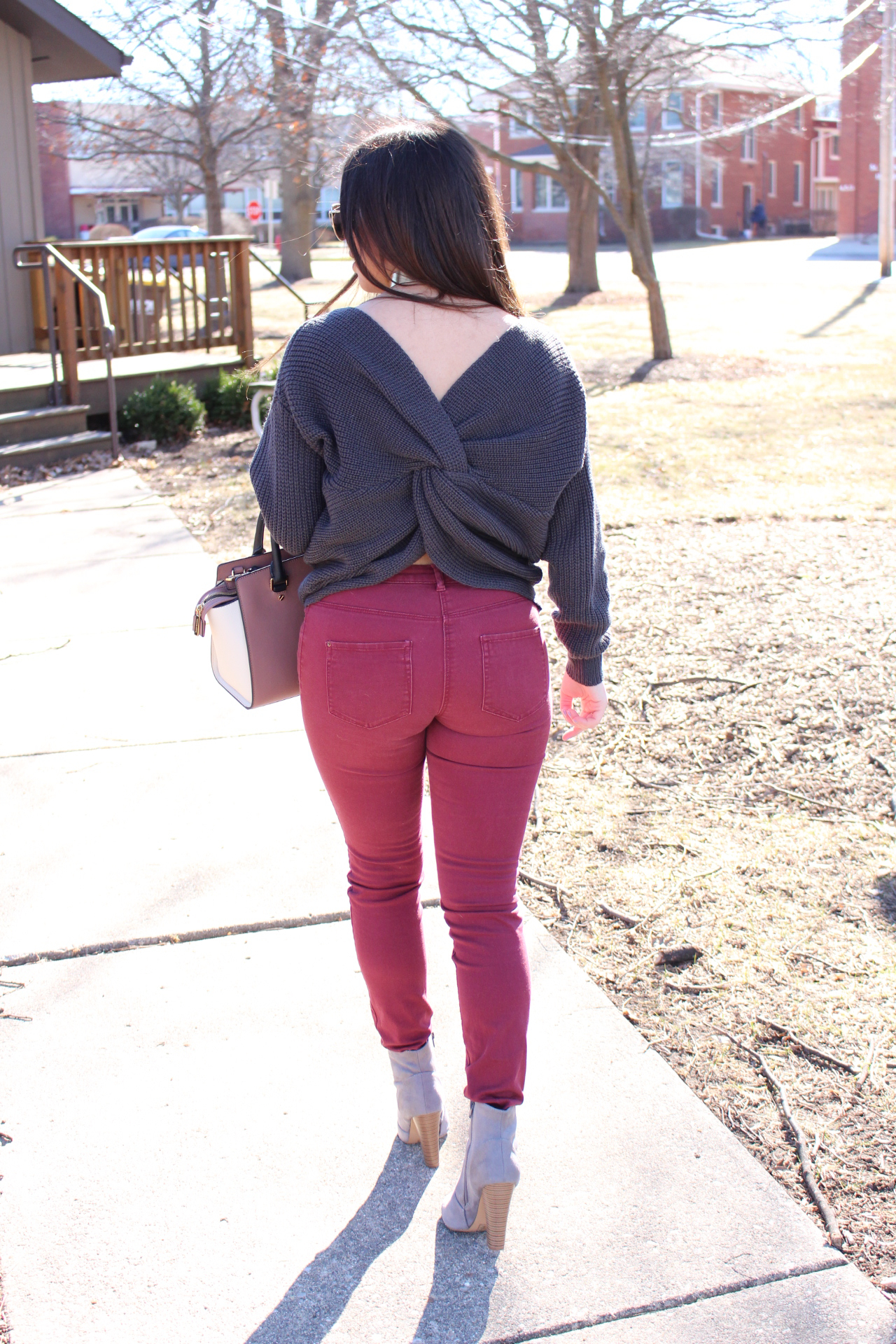 outfit gray sweater twited back burgundy jeans michael kors mk by alejandra avila