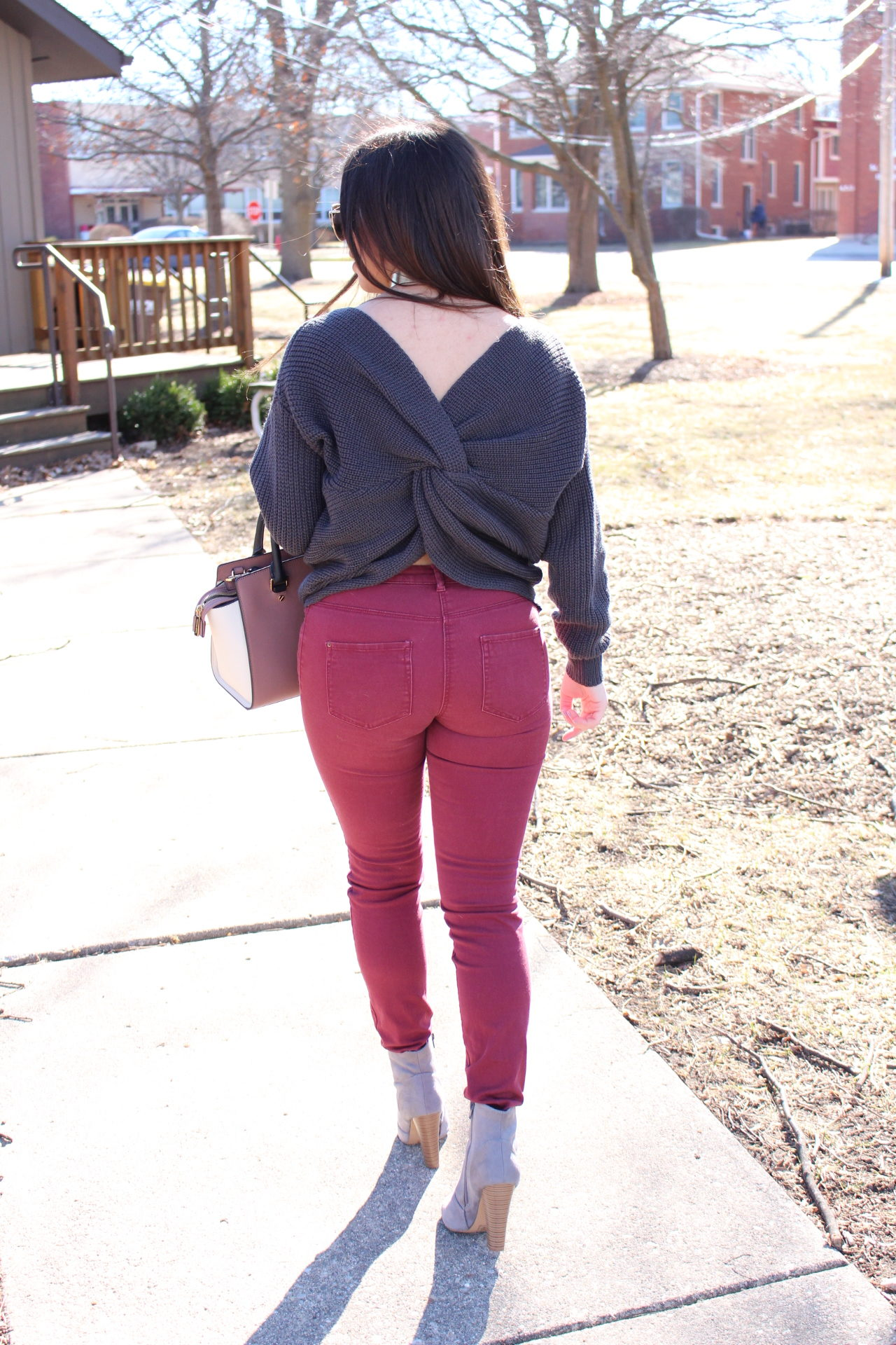outfit gray sweater twited back burgundy jeans michael kors mk by alejandra  avila 9c0be0cf9
