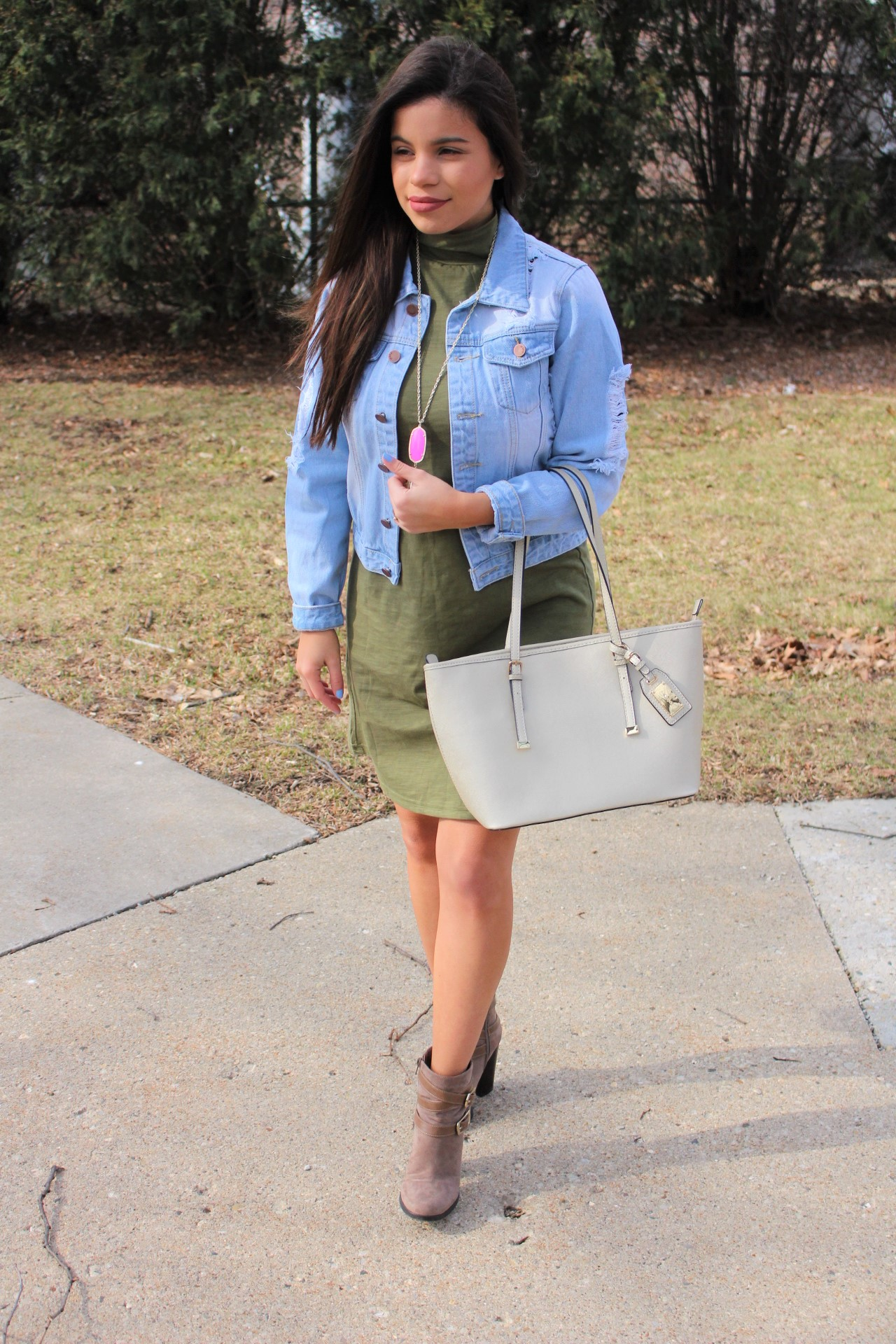 makeme chic military dress ootd jean jacket ALDO spring outfit handbag accesories ripped jean jacket perfect spring outfit by alejandra avila