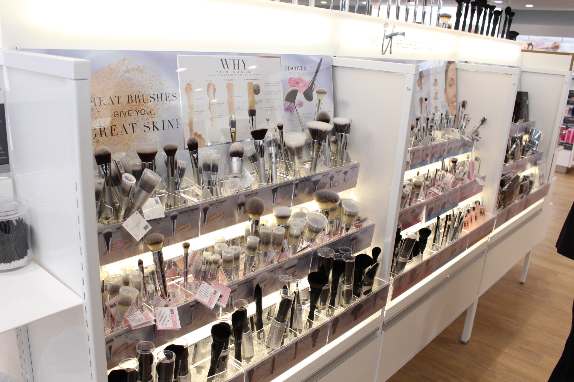 ULTA Beauty pulaski grand opening LANCOME ANASTASIA BEVERLLY HILLS IT COSMETICS BRUSHES by alejandra avila