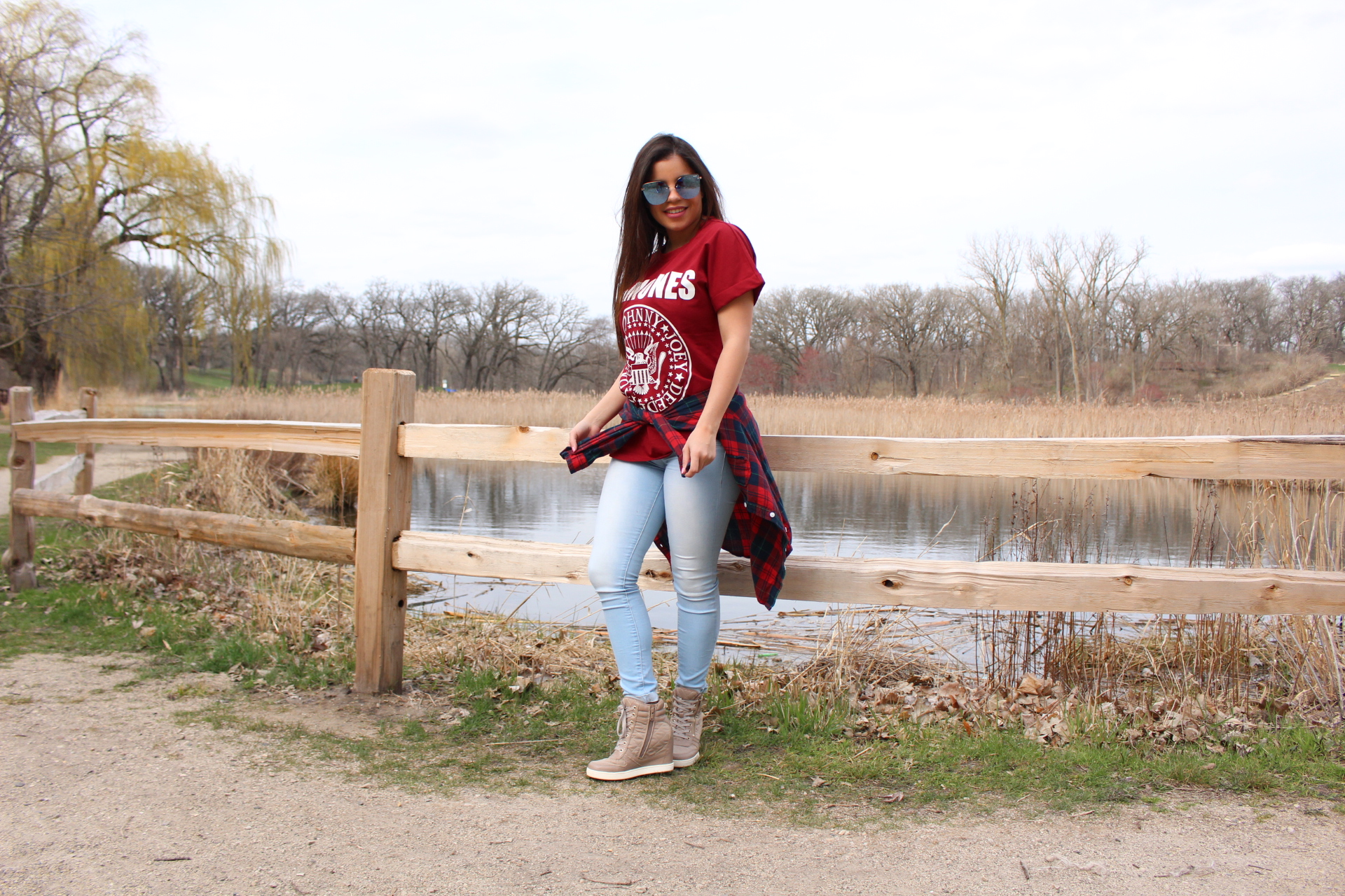 Burgundy Shirt flannel outfit shades shein makemechic chicago blogger RAMONES Quay Australia shades ALDO by TuFashionPetite