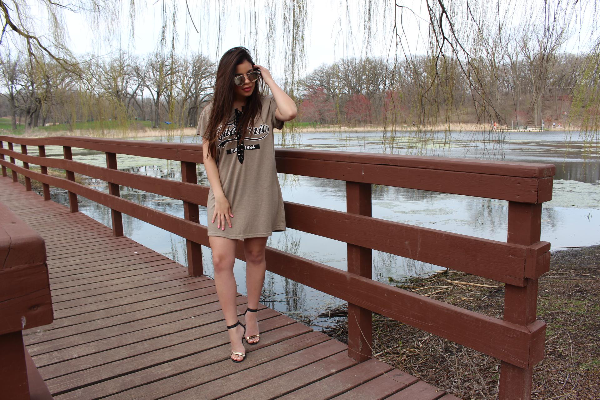Nude dress outfit sojos vision sunglasses details steve madden sandals blogger tufashionpetite by Alejandra Avila