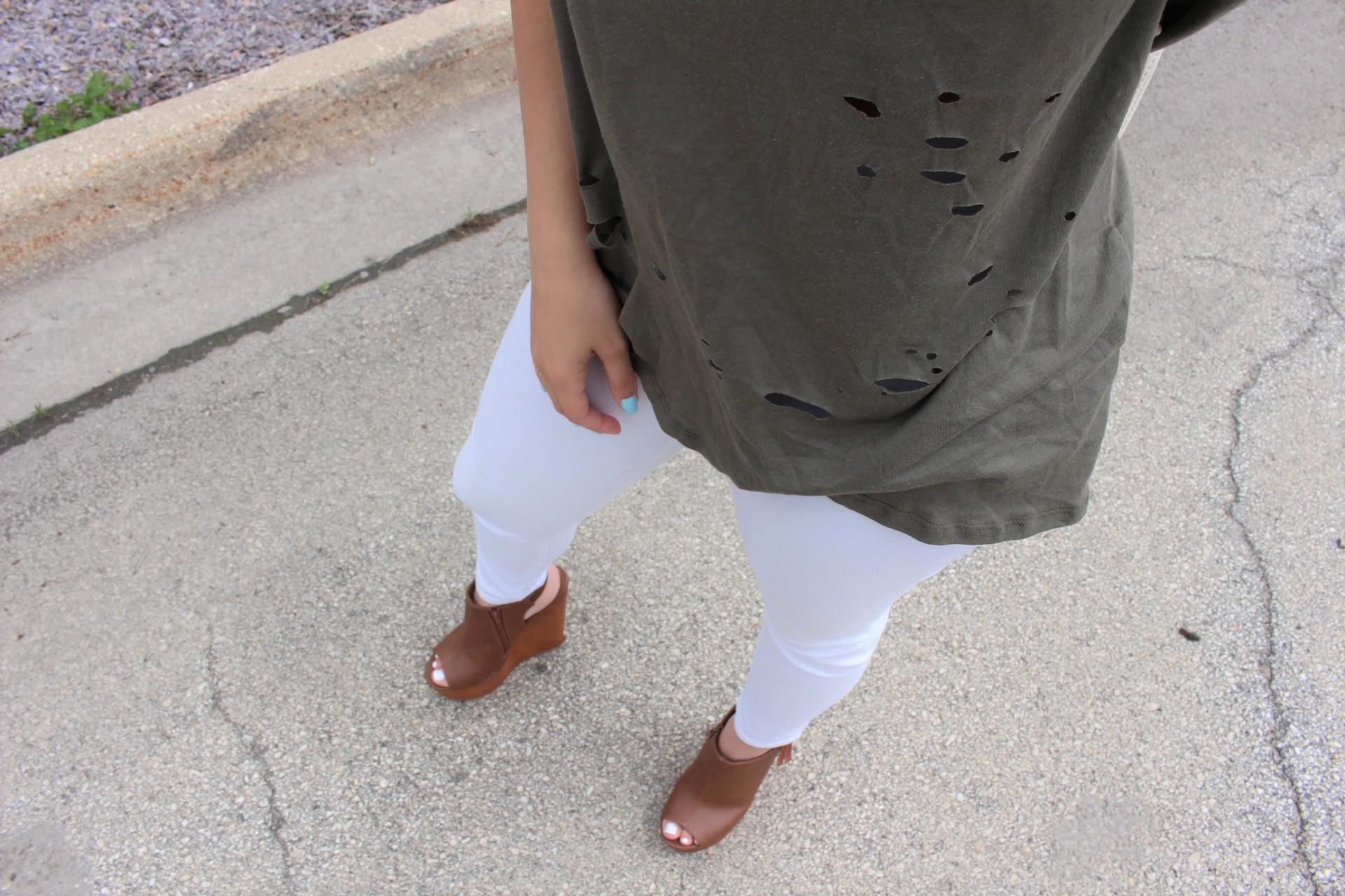 Tobi verde militar clothing summer shoes details by Alejandra Avila Tu fashion petite (2)