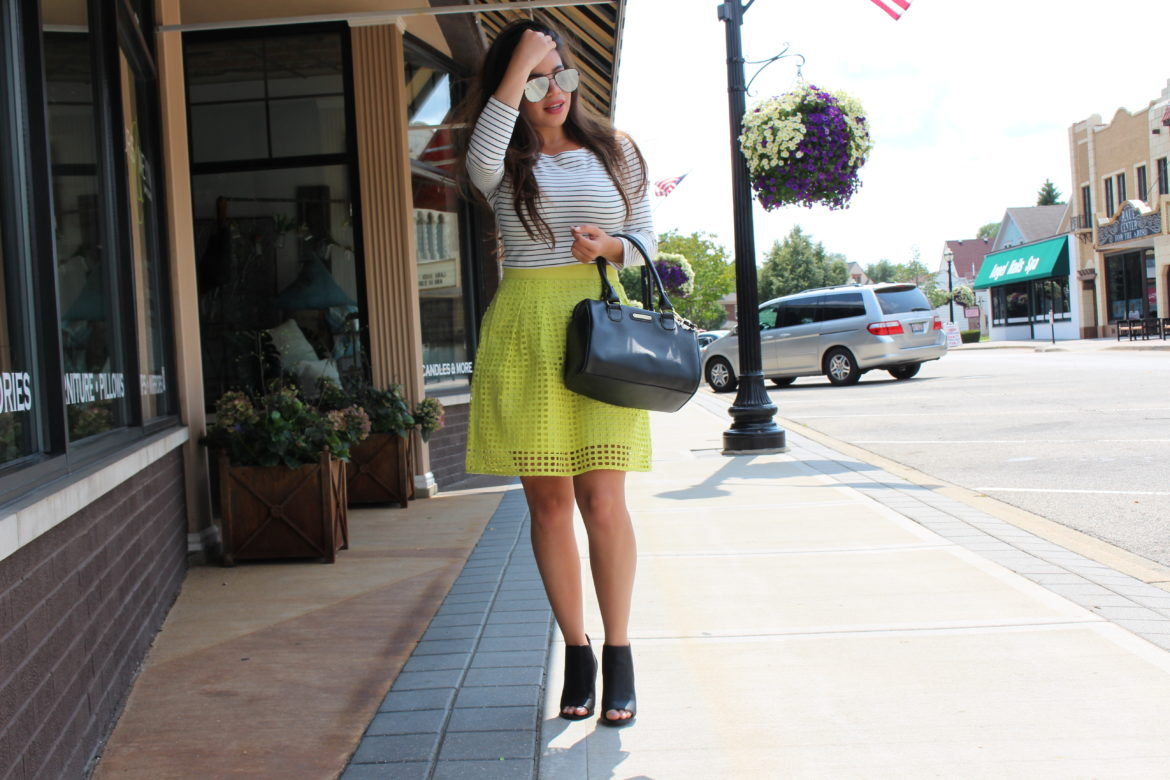 thredup ann klein handbag yellow ann taylor skirt secondhand details by Alejandra Avila Tufashionpetite
